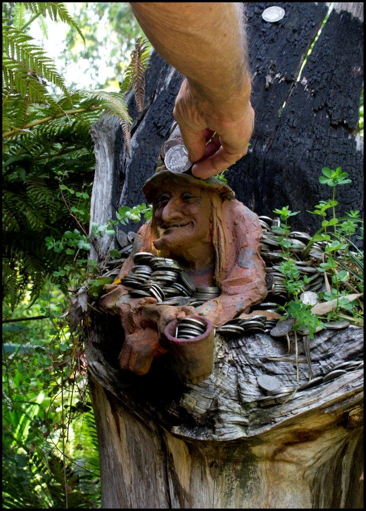 Bruno's Sculpture Garden - Witching Well