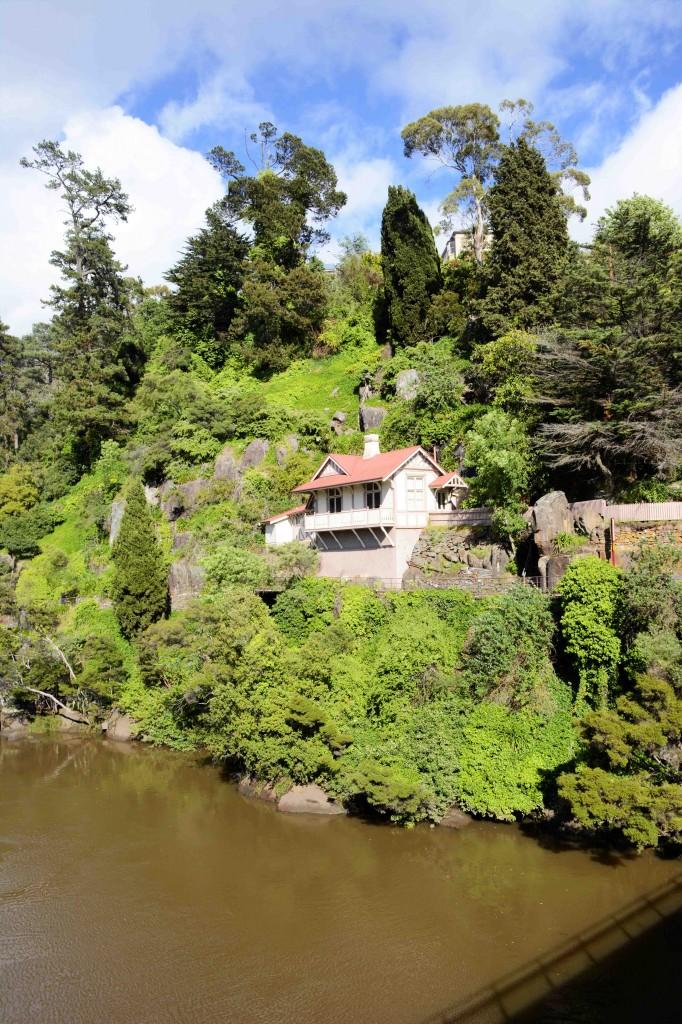 House Overlooking Cataract Gorge, Launceston