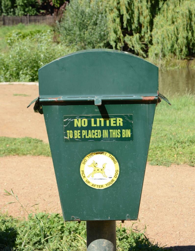 'No Litter' Bin