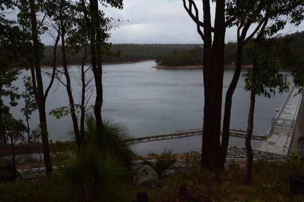 Wellington Dam in Winter